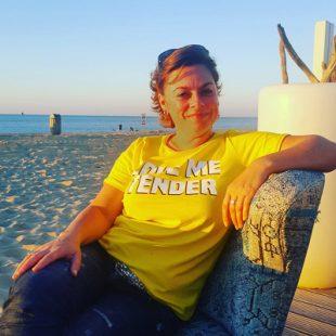 Marjolein Salari op het strand